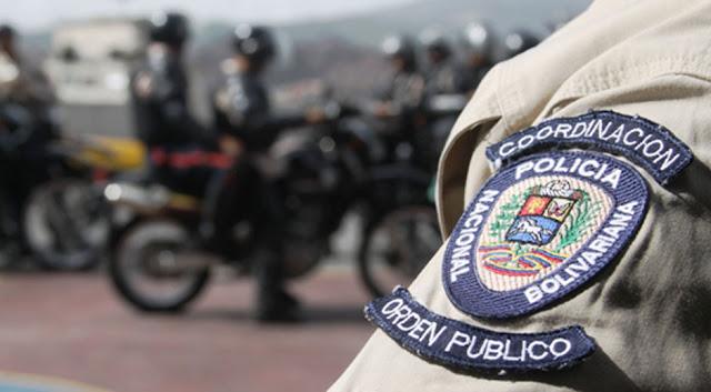 Narco PNB agrede a periodistas de Versión Final cuando grababan detenciones arbitrarias en Maracaibo