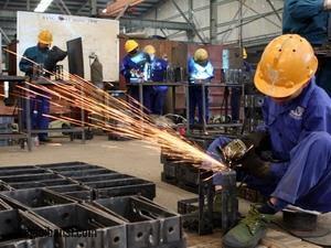 Tuyển trực tiếp lao động nam làm việc tại xưởng cơ khí Côn Phúc ở Đài Trung (xuất cảnh tháng 01/2016)