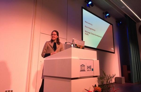 Manager Global Development Nuffic, Roos Hagenkamp memberikan sambutan di acara International Students' Day di Ruang Seminar Lantai 2 IHE Delft, Belanda, Sabtu, 17 November 2018