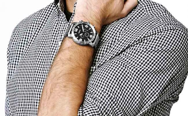 3 Kesalahan yang Sering Dilakukan Ketika Menggunakan Jam Tangan Pria