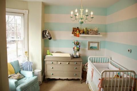 Cuarto de bebé blanco turquesa