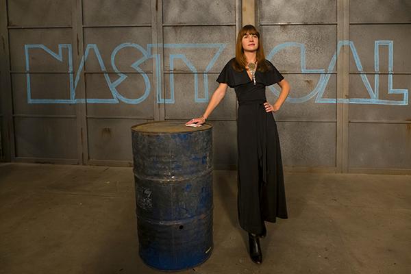 Britt Robertson é Sophia Amoruso fundadora da Nasty Gal | Blog #tas