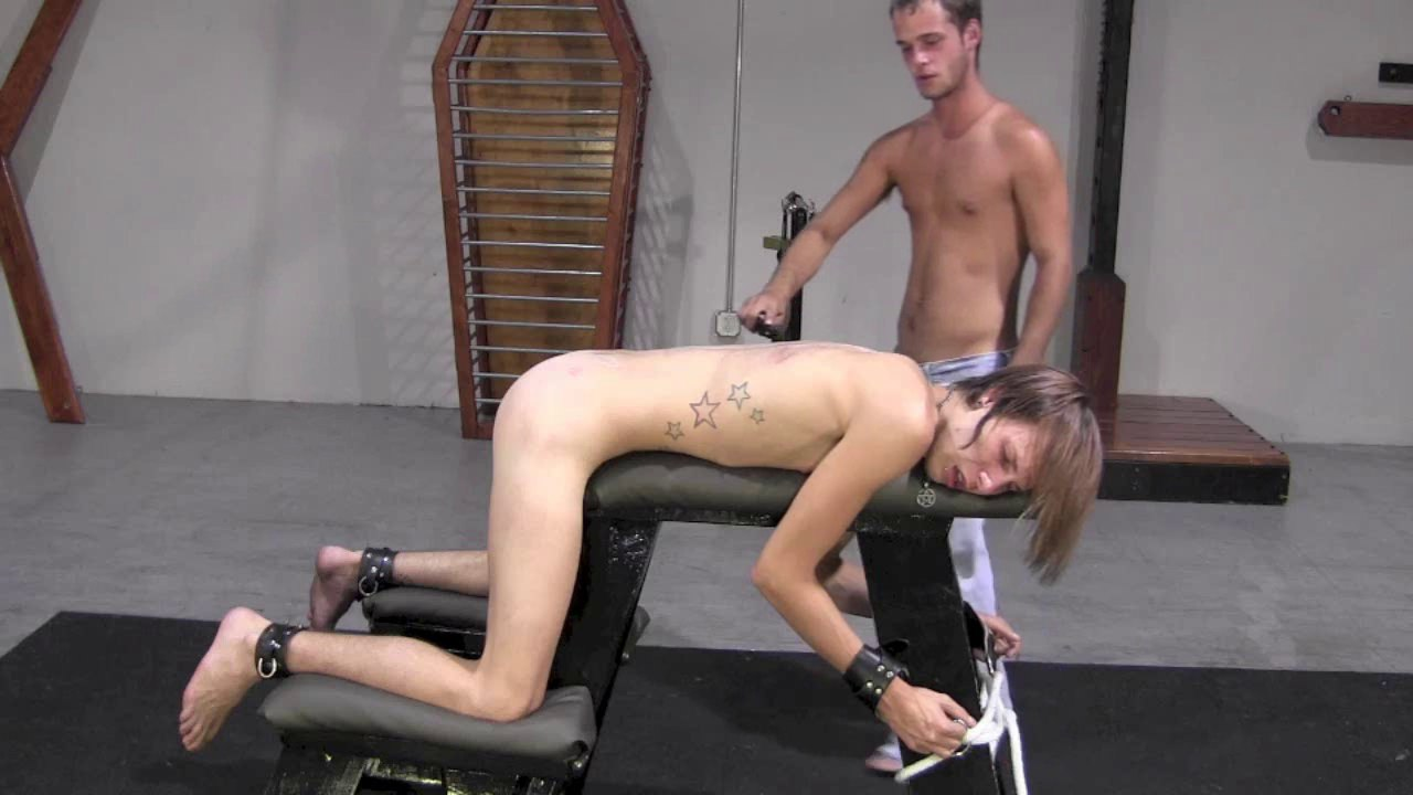 humiliated-twink-tubes-asian-pee-videos