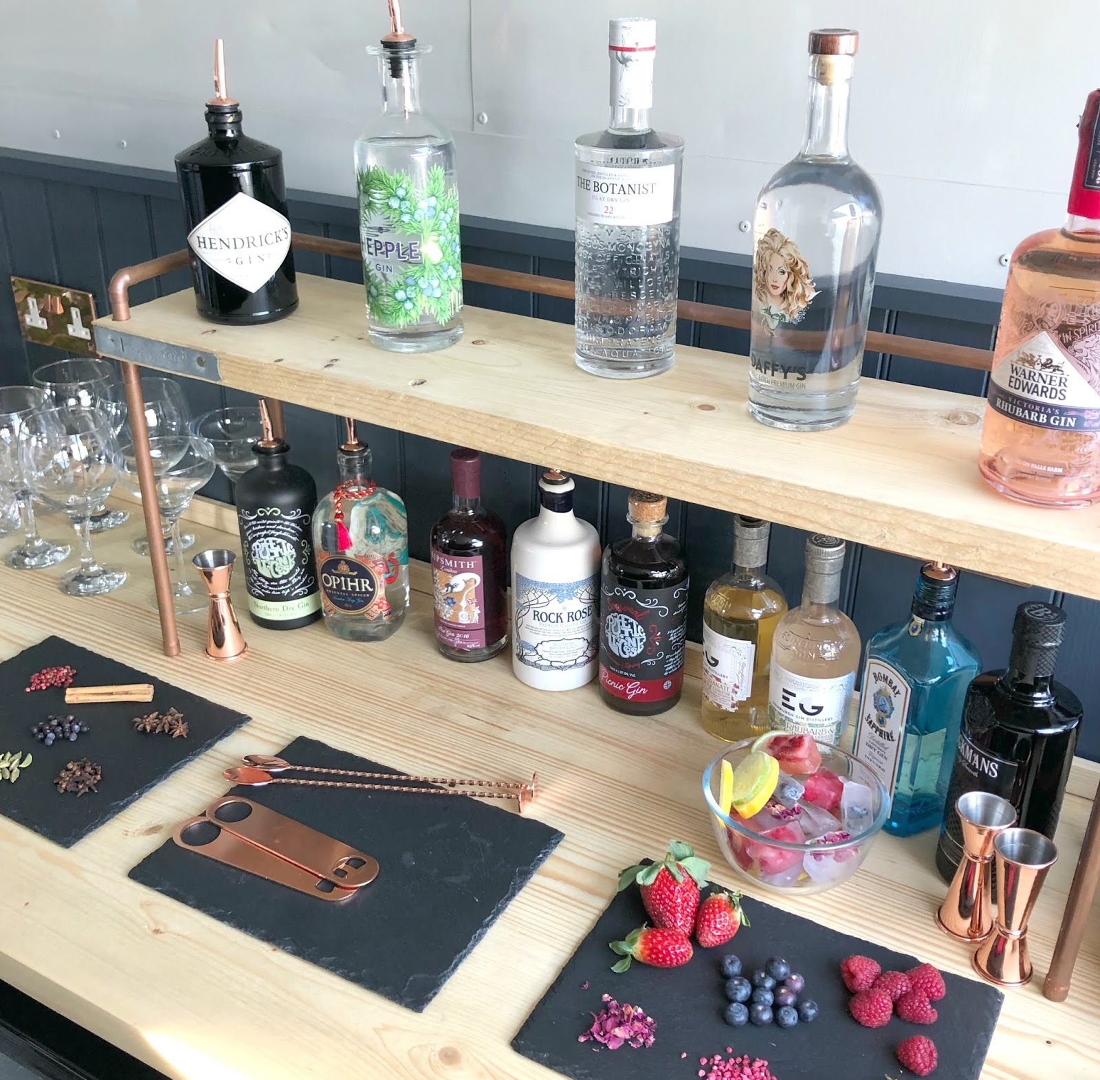 Perfect Gin and Tonic at Home - Tips from The Wandering Bar Co: Mobile Horse Box Bar in Newcastle