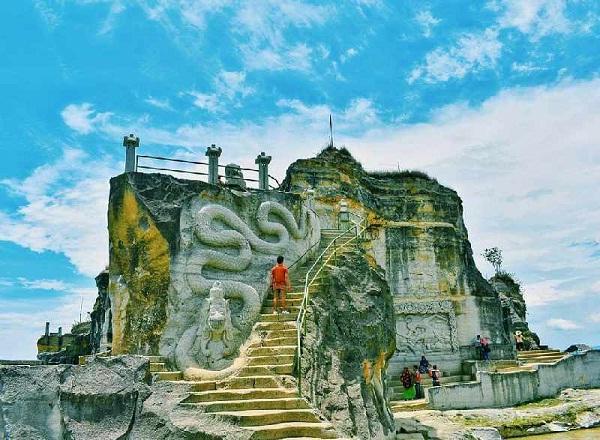 Spot Foto Menarik Di Tempat Wisata Tebing Breksi