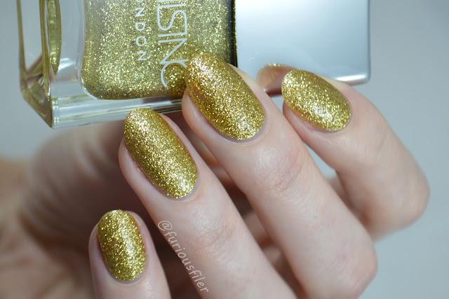 nails inc chelsea embankment swatch glitter meebox