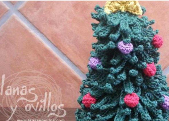 hasta ahora hemos visto rboles de navidad en amigurimi y por supuesto no poda faltar ver el patrn de un rbol de navidad en plano que nos servir para