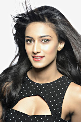 Erica Fernandes Wiki, Height, Weight, Age, Husband, Family and Biography