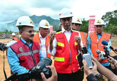 Presiden Jokowi Tegaskan Infrastruktur Bukan Hanya untuk Orang, Melainkan Juga untuk Barang - Info Presiden Jokowi Dan Pemerintah