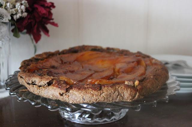 https://cuillereetsaladier.blogspot.com/2015/06/tarte-tatin-mangue-cardamome.html