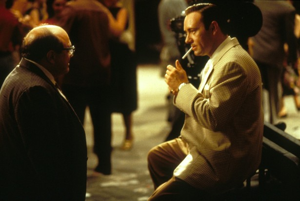 an analysis of la confidential by curtis hanson Owen gleiberman on how curtis hanson, with 'la confidential,' become a great  director after years in the industry he never looked back.