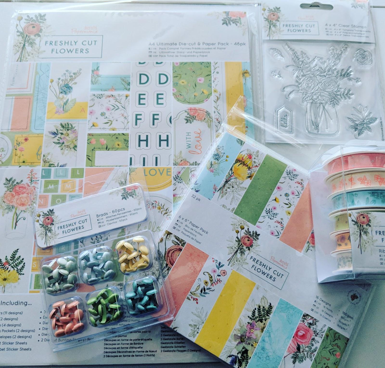 Papermania - Freshly Cut Flowers 48pk A4 Ultimate Die-cut /& Paper Pack