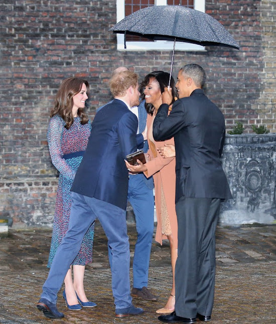 US President Barack Obama, First Lady Michelle Obama, Prince William and Kate Middleton and Prince Harry attend a dinner at Kensington Palace
