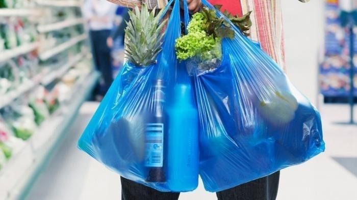 Hati-hati, Pakai Kantong Plastik di DKI Akan Didenda Rp5 Juta-Rp25 Juta