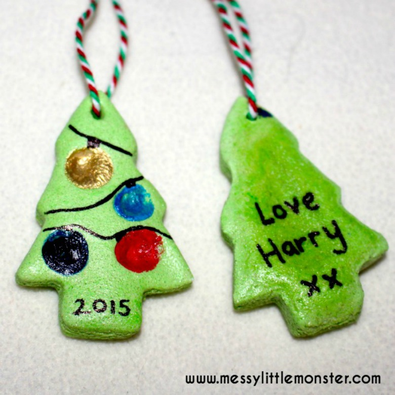 salt dough ornaments - Fingerprint christmas tree craft