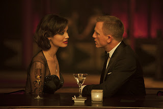 Berenice Marlohe Daniel Craig in Skyfall