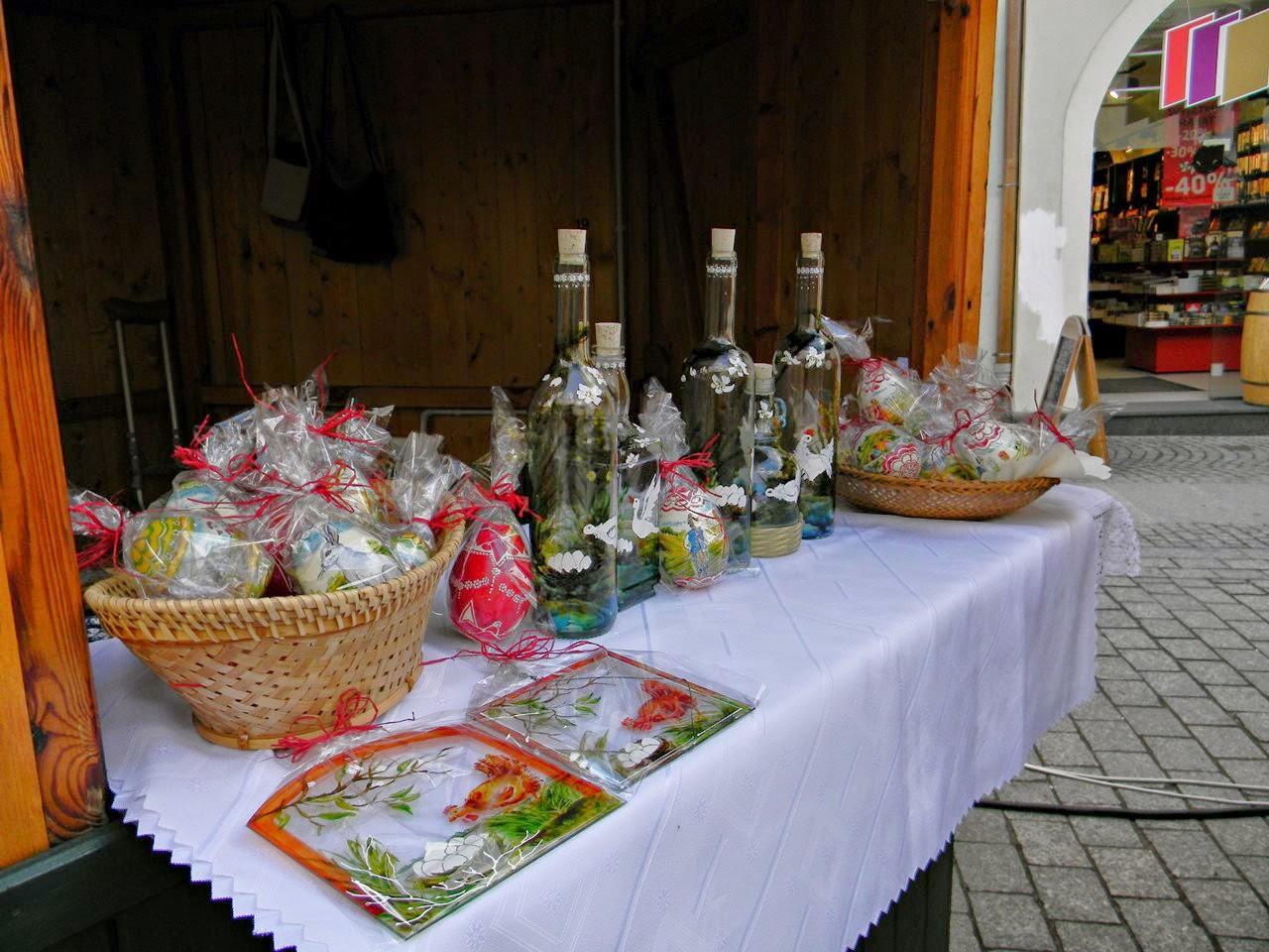 świątecznie, butelki malowane, jaja, pisanki