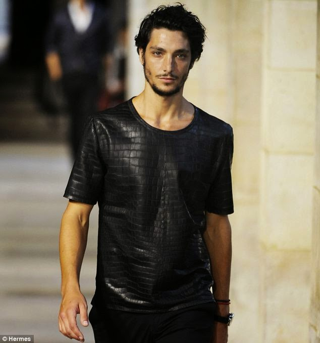 d83ff63c02e The Worlds Most Expensive T-Shirt: The $91,500 Hermes Black Crocodile Skin  T-Shirt Costs