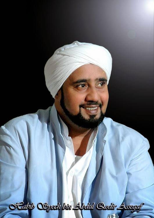bulan muslim Muslim akan terus bekerja selama bulan ramadan nabi muhammad mengatakan bahwa penting untuk menjaga keseimbangan antara ibadah dan pekerjaan di beberapa negara muslim, seperti oman, bagaimanapun, jam kerja dipersingkat selama bulan ramadan.