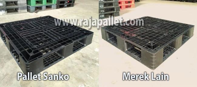 Perbandingan Pallet Plastik 110 x 110 x 15 cm Sanko Vs Pallet Plastik Merk Lain