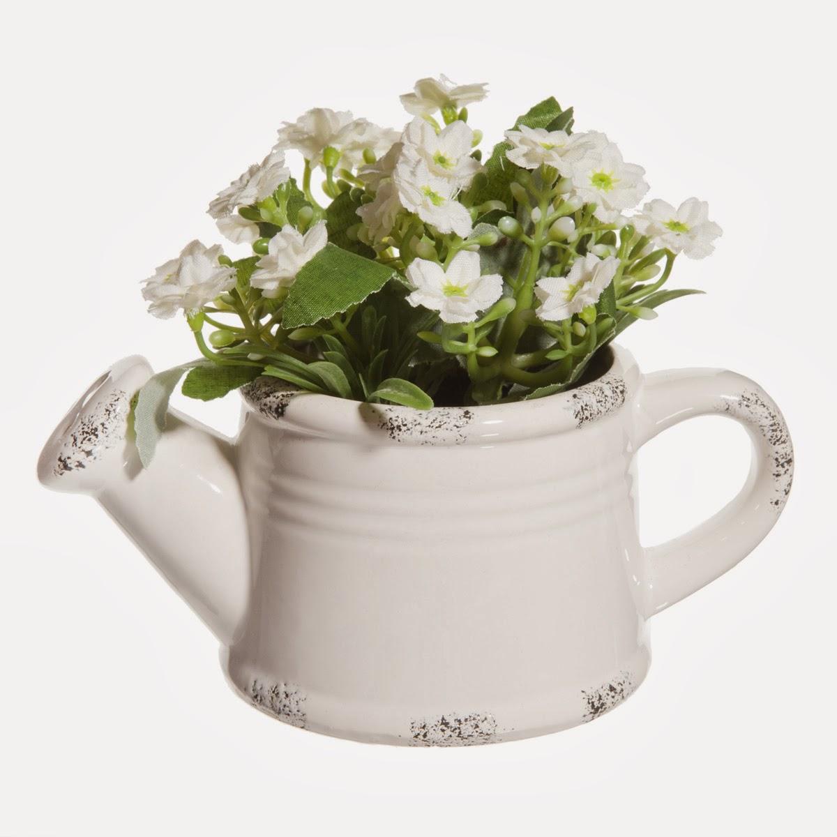 http://www.maisonsdumonde.com/IT/it/produits/fiche/innaffiatoio-fiori-bianchi-138967.htm