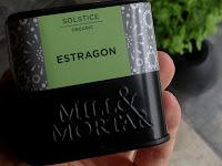 Tørret og skåret estragon krydderi fra Mill and Mortar. Anvendes hos CDJetteDCs LCHF