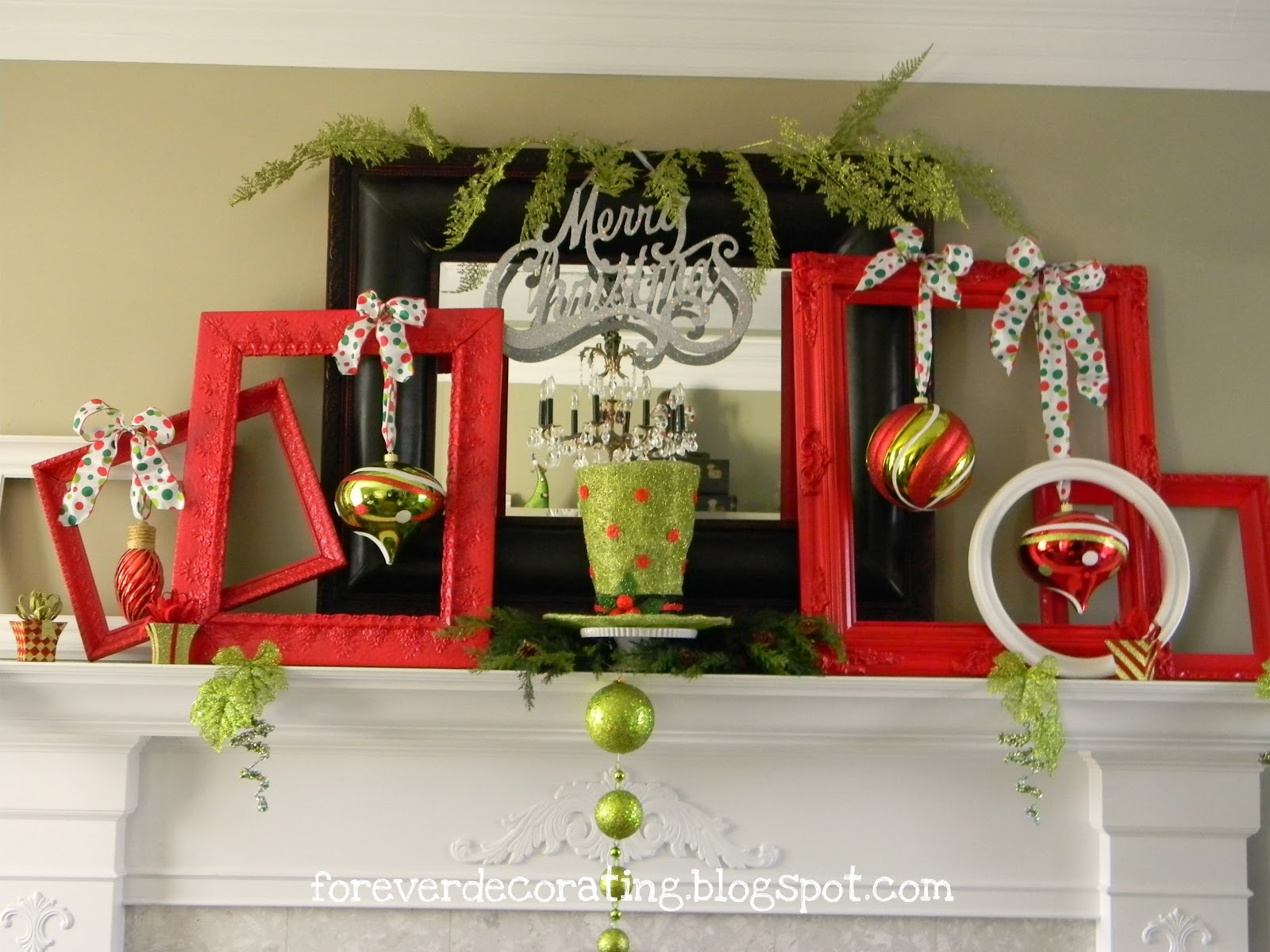 Forever Decorating!: Hand Painted Christmas