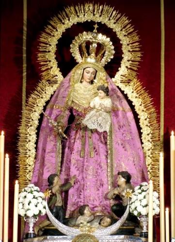 Imagen de la Virgen de los Desamparados con el niño Jesús