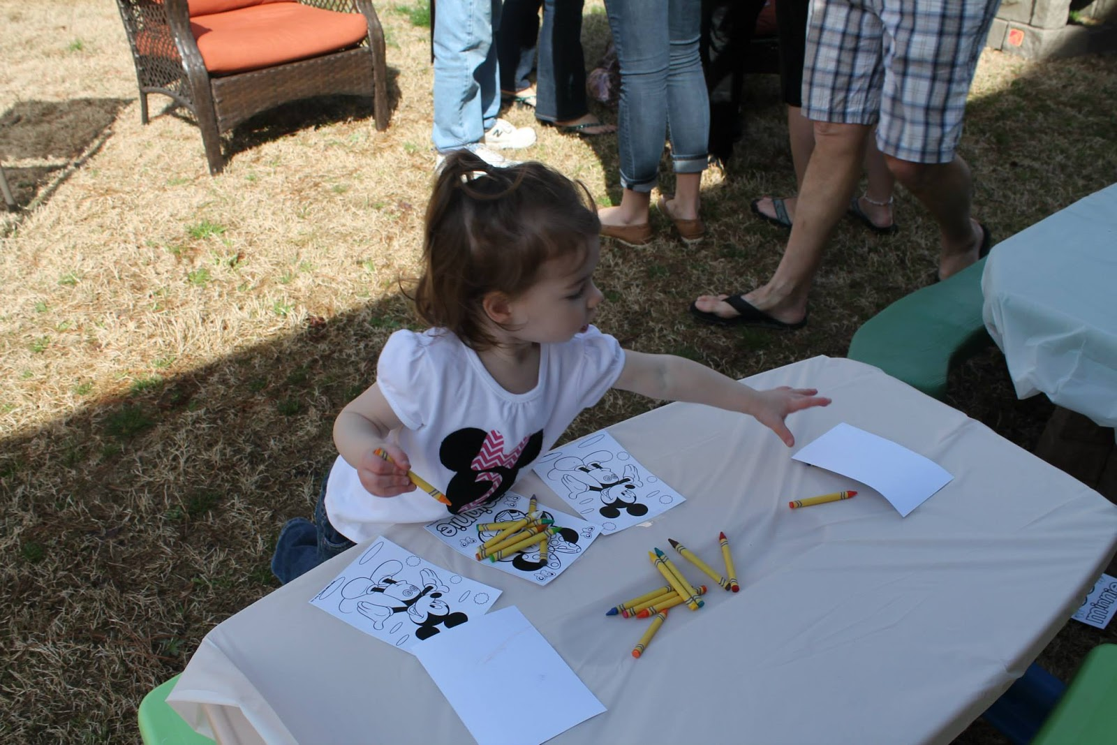 A Darling And A Ducky A Diy Minnie Mouse Birthday Party