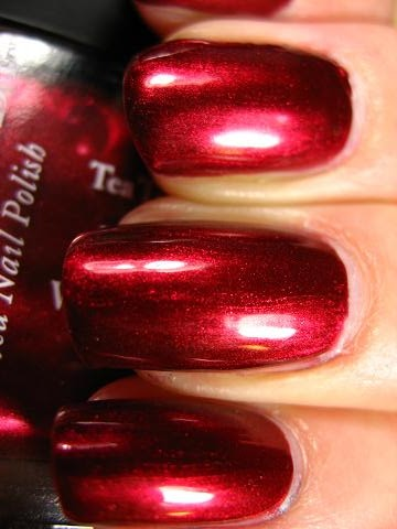 Right On The Nail Dr S Remedy Nail Polis Revive Ruby Red