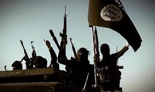 Muçulmanos do Estado Islâmico planejava matar cristãos em shopping usando serras elétricas