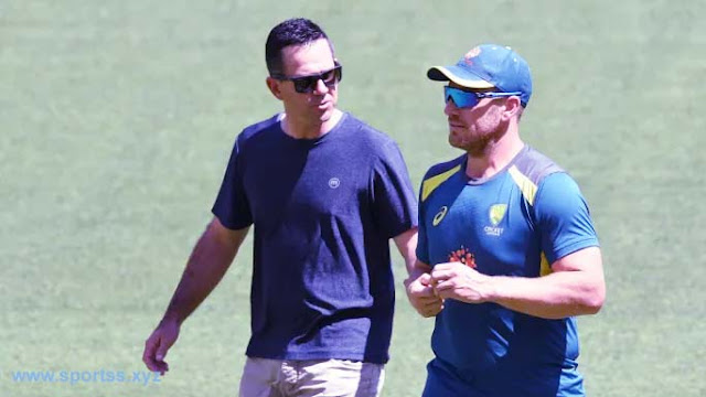 Wise words: Former Australian captain Ricky Ponting with opener Aaron Finch
