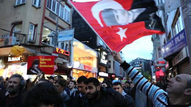 Η Τουρκία του Ταγίπ μετά το δημοψήφισμα: Η ζωή και ο θάνατος δεν απέχουν ούτε μία κλωστή