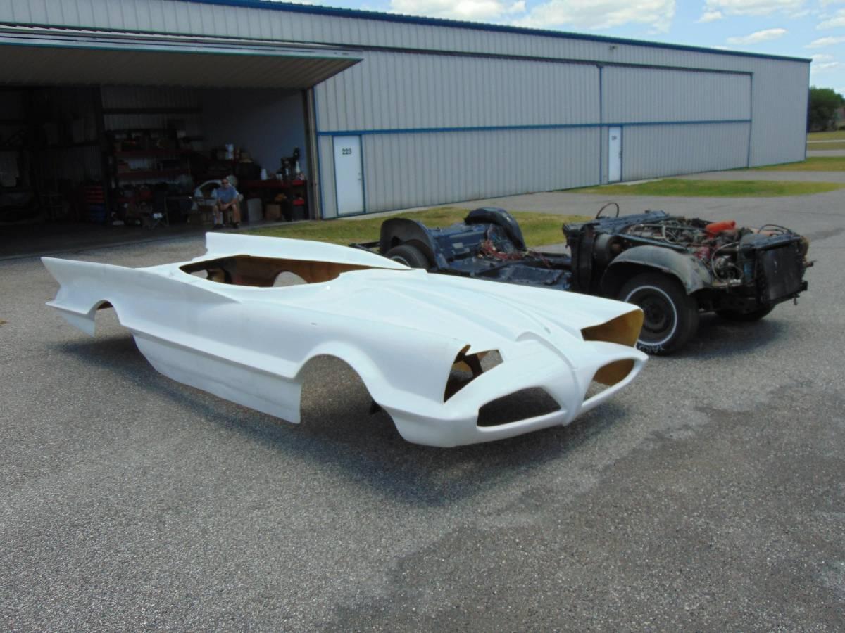 Wham! Splat! 1966 Batmobile