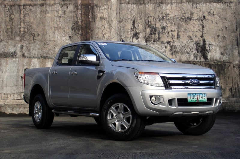 review 2012 ford ranger xlt a t philippine car news car reviews automotive features and. Black Bedroom Furniture Sets. Home Design Ideas