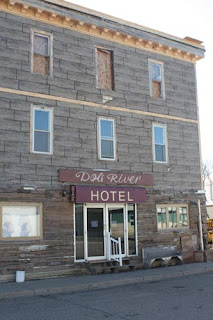 Dog River Hotel.