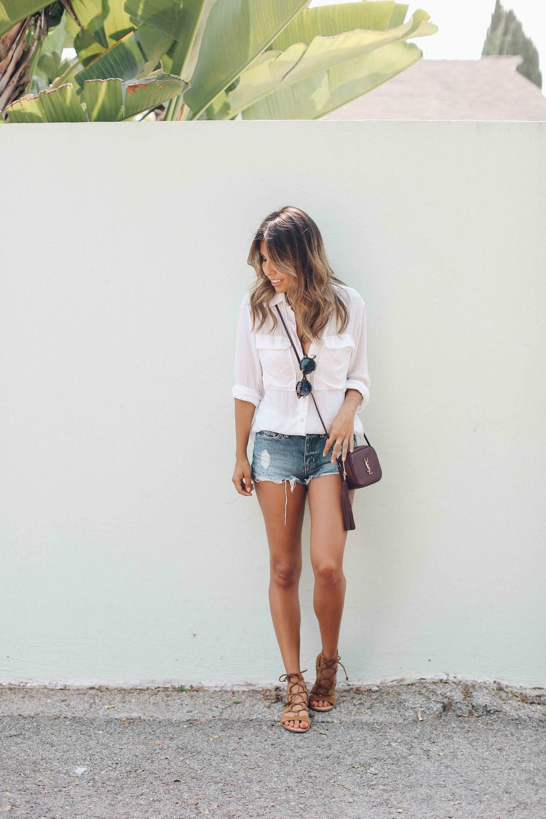 casual denim shorts and white tee outfit, ysl blogger blag