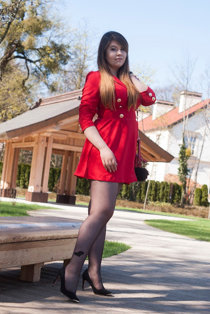 Wypada ubrac czerwona sukienke?