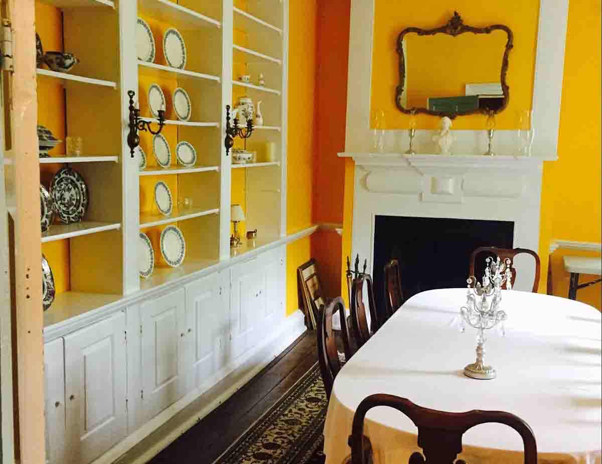 Historic Virginia Home George Washington Slept In; Decorated with Period Pieces