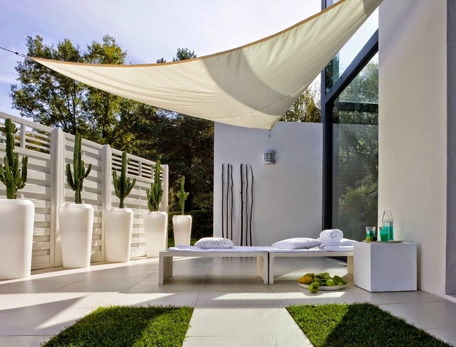 Consejos para decorar jardines en terrazas y balcones for Arbustos para patios