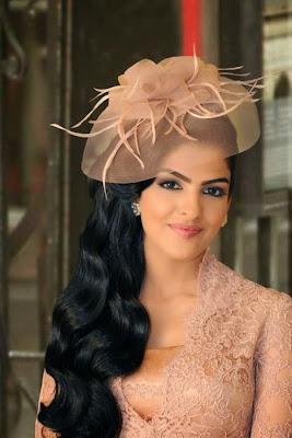 Wanita Muslim berikut tidak kalah dengan aktris Bollywood ataupun  Hollywood 5 Wanita Muslim Cantik Terkaya di Dunia