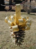 Pine Cone Ornaments1