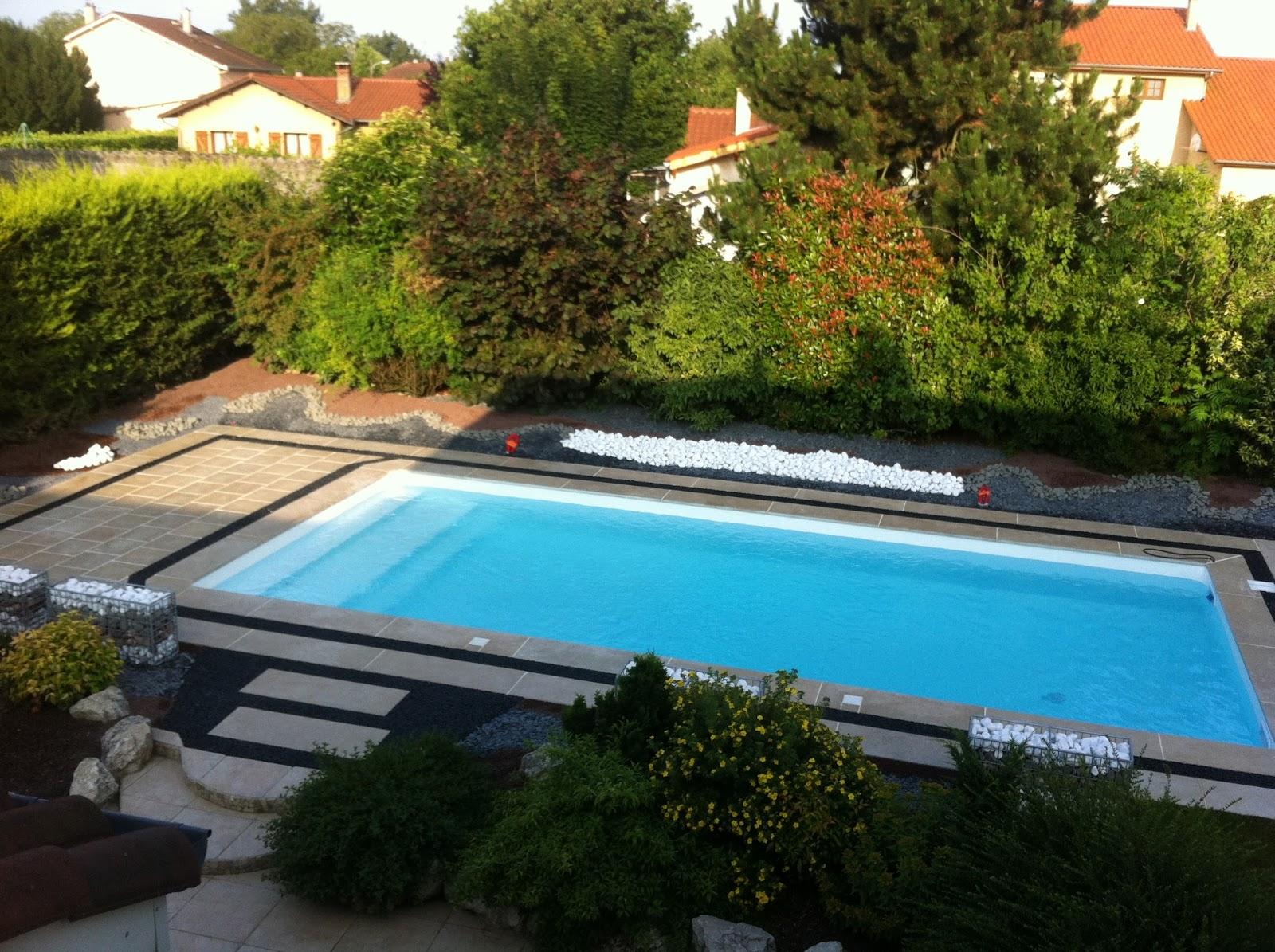 Aquilus lance une offre de piscine destin e aux auto for Realiser sa piscine