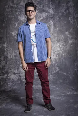 Júnior (Igor Cosso) também é irmão de Kyra (Vitória Strada) em 'Salve-se Quem Puder'