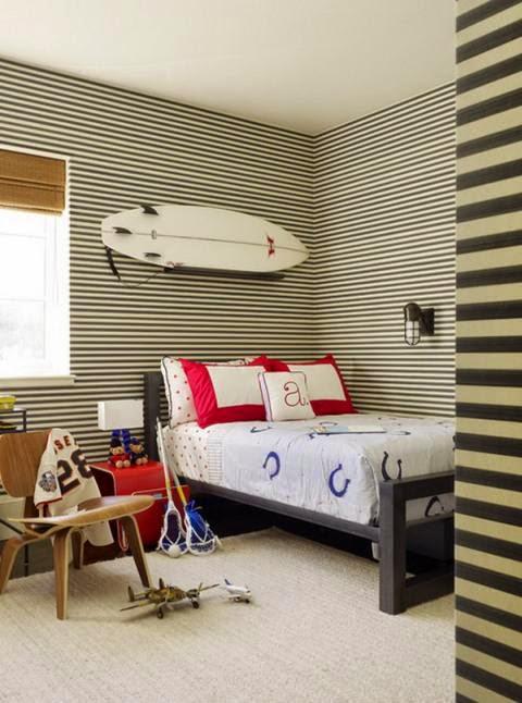 Cuarto temático surf