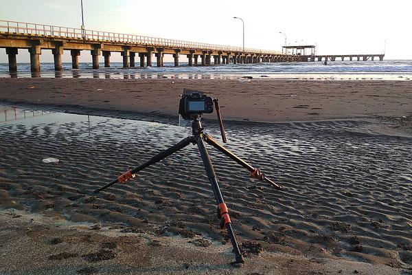 membersihkan-dan-merawat-tripod-kamera-foto-long-exposure-siksa-kamera