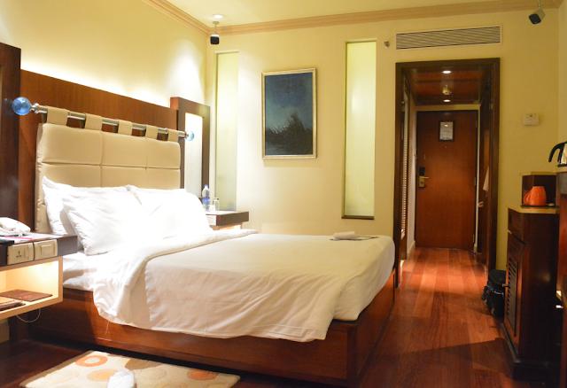 Vivanta by Taj President Hotel Mumbai, Review, Travel blogger, Lifestyle blogger