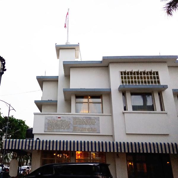 Sehari Menyusuri Hotel Bersejarah di Majapahit Hotel Surabaya
