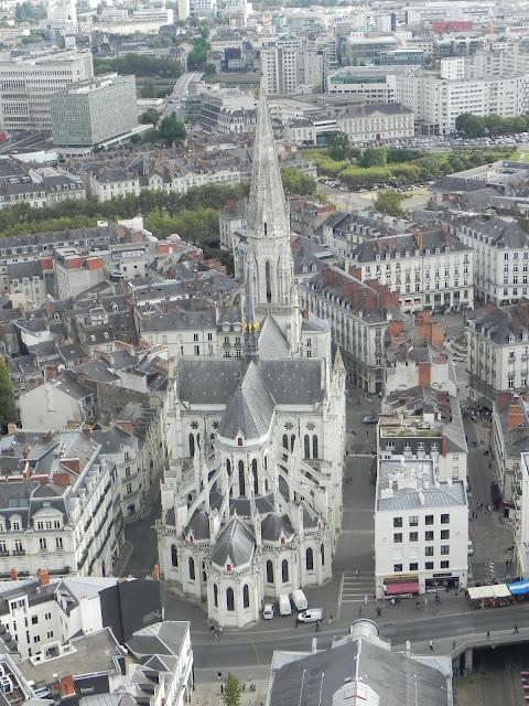 Igreja vista da Torre da Bretanha - Nantes - França