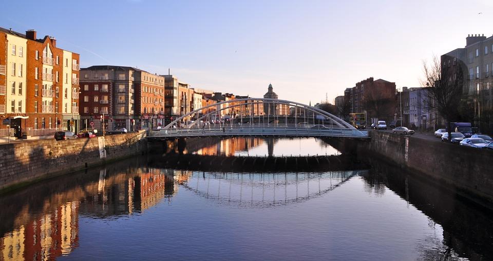 Dublin bridge - city centre - winter weekend break